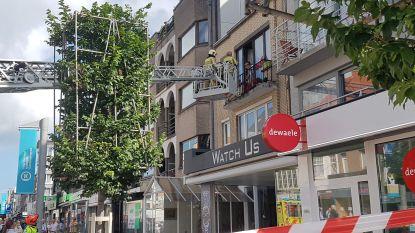 Bewoner met slagersmes verschanst zich in appartement in Koksijde en draait gaskraan open