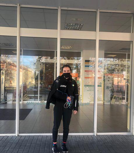 Shirin van Anrooij is weer thuis na hachelijke dagen: 'Ik kon zo in mijn arm kijken, heel eng'