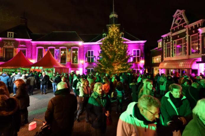 Kerstboom op de Markt in Vlaardingen.