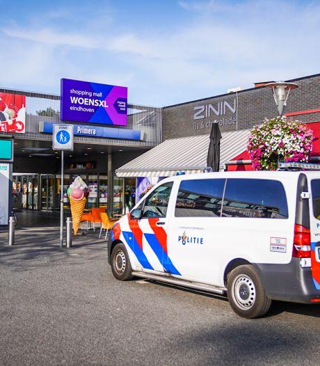 Twee daders met mes op de vlucht na overval op Primera in Winkelcentrum Woensel