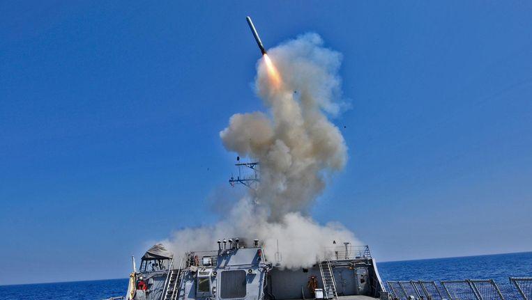 De lancering van een Tomahawkraket op de Middellandse zee. Beeld US Navy