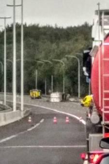 Un camion transportant une résine inflammable se renverse, le Ring de Bruxelles fermé