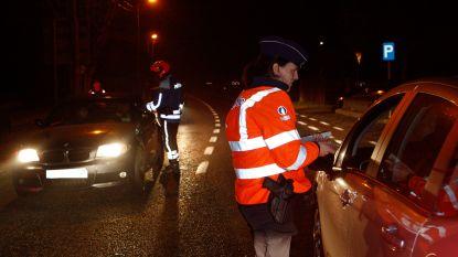 Man die agent probeerde aan te rijden, riskeert 6 maanden