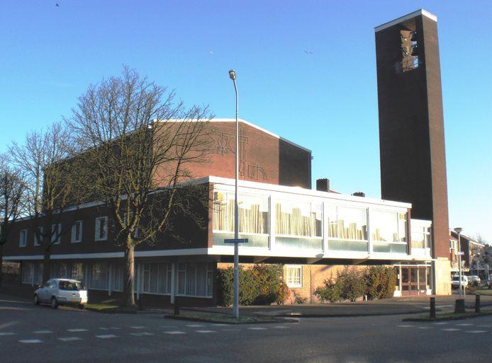 De van oorsprong Gereformeerde Opstandingskerk aan het Euterpeplein. Gebouwd in 1961, gesloopt in 2013. Inmiddels staat op deze plek een Boni-supermarkt.