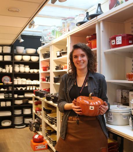In deze Utrechtse kookwinkel verkopen ze frikandel-speciaalsnijders: die kun je nergens anders krijgen