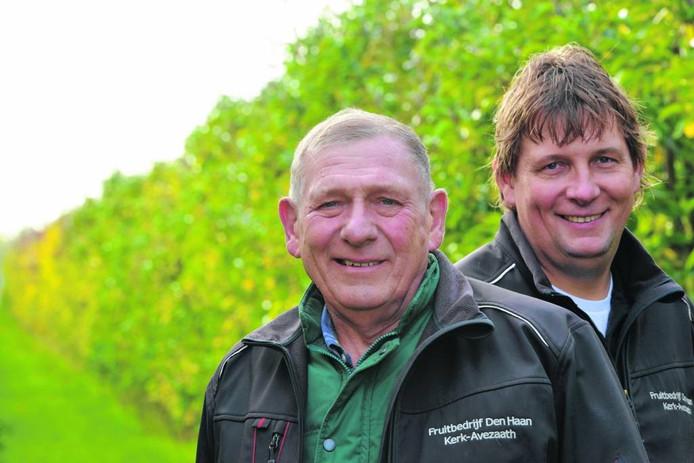 Fruittelers Cees en Bert den Haan. Foto William Hoogteyling