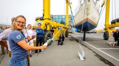 Nieuwste zeilboot van zeezeilschool vernoemd naar Emma Plasschaert