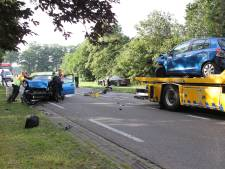 Vrouw gewond na ongeluk met drie auto's in Lochem