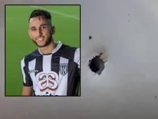 Alsof zijn Mercedes was beschoten: vuurwerkbom in dakgoot slaat gat in auto Heracles-voetballer