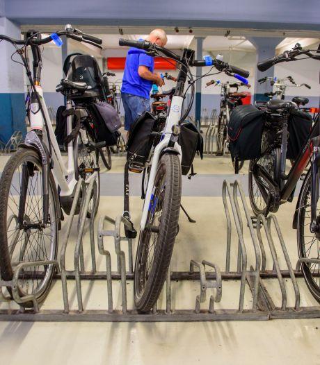 Fietsenstallingen in Dordrecht weer open als vanouds