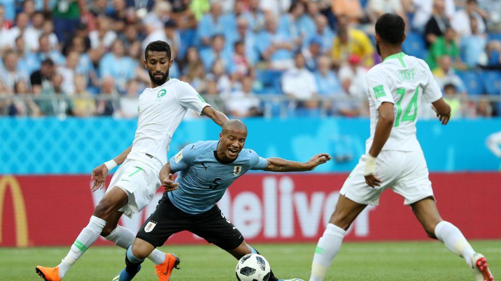 LIVE: Saoedi-Arabië lijkt niet bij machte om teleurstellend Uruguay in verlegenheid te brengen