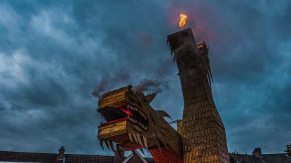 """VIDEO. Doortocht Roparun zet Zele in vuur en vlam: """"Aalst heeft carnaval, wij hebben Roparun"""""""