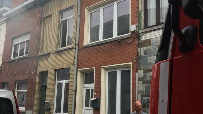 Gezin van 5 dakloos na uitslaande brand, nog twee andere huizen onbewoonbaar