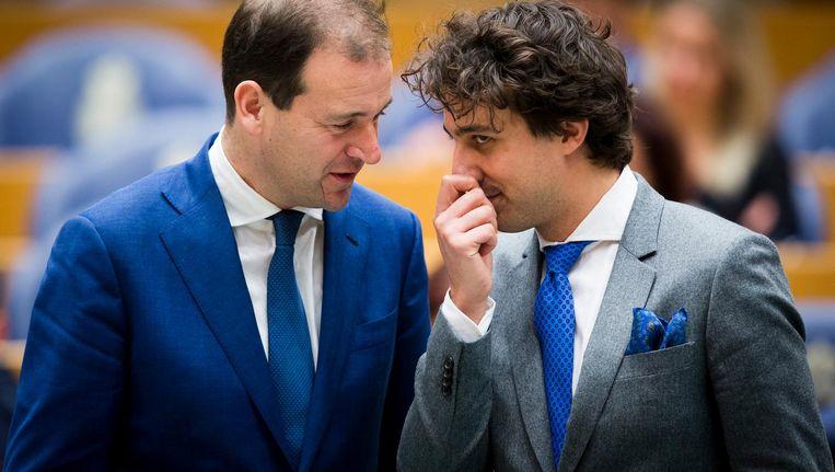 Twee van de zeven deelnemers aan het debat met landelijke partijleiders: Lodewijk Asscher (PvdA) en Jesse Klaver (Groenlinks). Beeld ANP