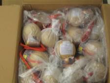 Anonieme tip leidt naar 180 kilo illegaal vuurwerk in rijtjeshuis Terhole