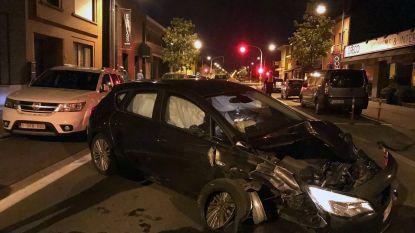 Dronken bestuurder knalt op drie geparkeerde auto's op Aarschotsesteenweg