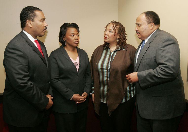 Dexter Scott King, Bernice King, Yolanda King en Martin Luther King III in 2006. Een jaar later overleed Yolanda. Beeld AP