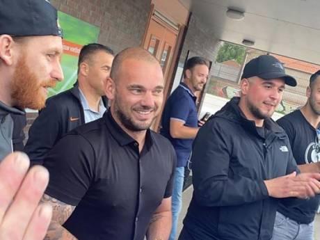 Sneijder traint mee bij hoofdklasser DHSC: 'Wesley wil afvallen en lekker bezig zijn'