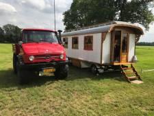 Woonwagens op Oldtimershow Saasveld
