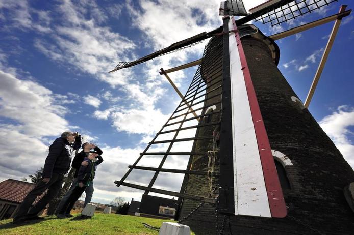Molen De Hoop in Sprundel dit jaar tijdens West-Brabantse Molendag.