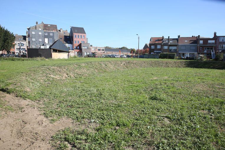 Elisa-Park laat een nieuw park aanleggen, alsook een parking voor 32 wagens.