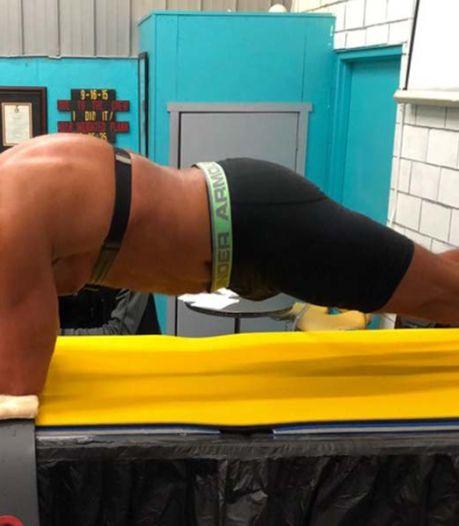 Oud-marinier (62) zet nieuw wereldrecord 'planking' op ruim 8 uur