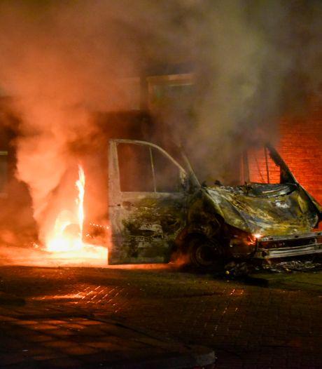 Deuxième nuit de chaos, pillages et émeutes aux Pays-Bas suite au couvre-feu