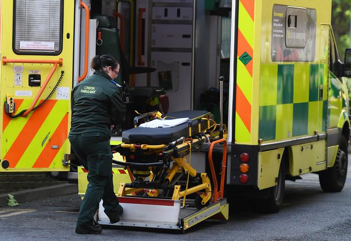 Engelse kinderen gewond na instorten glijbaan op kermis for Engelse tuin 1 waalre