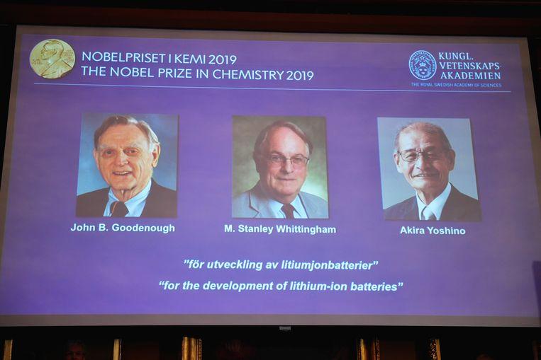 De Nobelprijs voor Chemi gaat naar drie Amerikaanse wetenschappers: John B. Goodenough, M. Stanley Whittingham en Akira Yoshino.