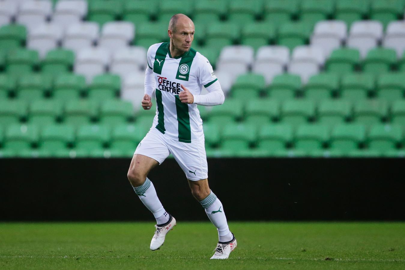 Arjen Robben in actie tegen FC Utrecht.