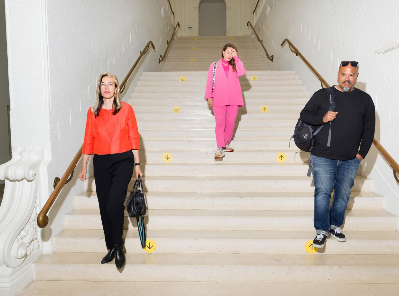 Ingeborg de Roode, Amanda Pinatih en Thomas Castro: het designteam van het Stedelijk Museum. Beeld Ivo van der Bent