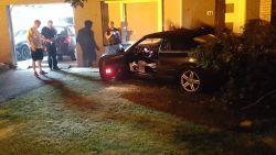 Achtervolging eindigt tegen gevel, politie kan bestuurder verderop overmeesteren