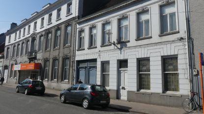 Oude herenhuizen Tolpoortstraat maken plaats voor appartementen, Milieufront Omer Wattez protesteert