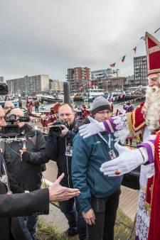 Haagse sintintocht grotendeels feestelijk verlopen: politie verricht in totaal vijf aanhoudingen