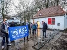 Grootste jeugdbeweging van Brugge krijgt opgeknapt boerderijtje weer ter beschikking