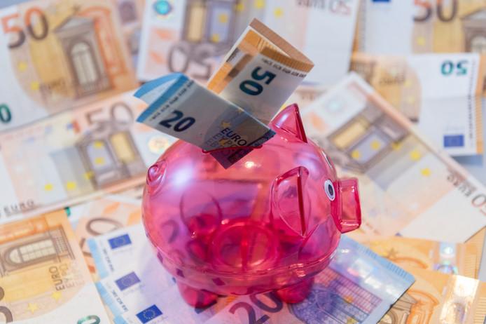 De rechtbank in Almelo verklaarde woensdag twee Twentse bedrijven failliet.