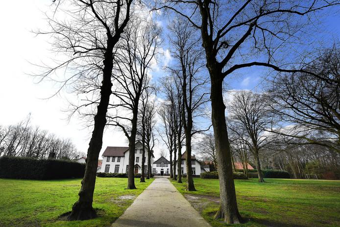 In de Lactaria Hoeve in Stevensbeek werden jaren geleden meisjes opgevangen en tijdelijk gehuisvest door nonnen.