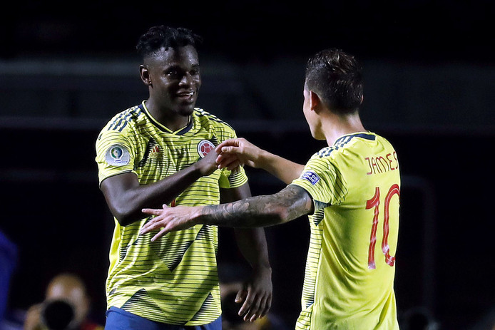Le duo Rodriguez-Zapata qualifie la Colombie pour les quarts de finale.