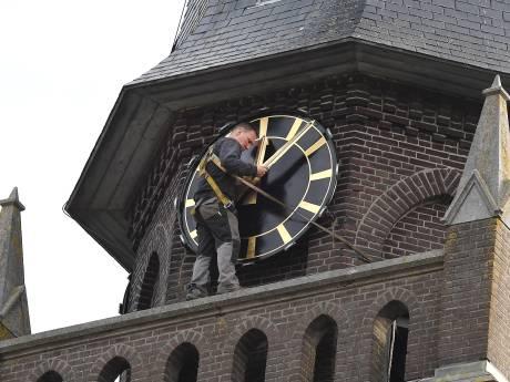 In Oploo weten ze weer hoe laat het is
