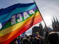 """Des milliers de manifestants en Allemagne contre les """"pactes"""" électoraux avec l'extrême droite"""