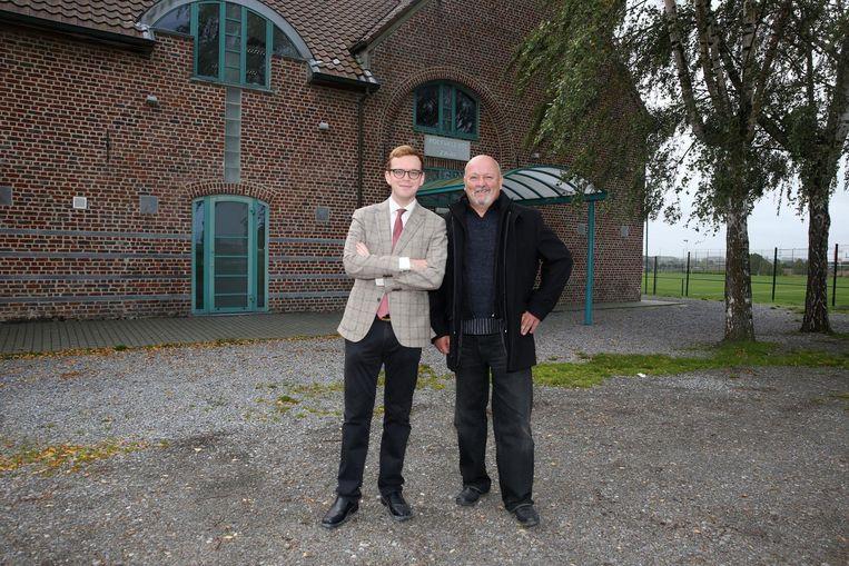 Bart Anneessens Cops en Willy De Lantsheer voor het trefcentrum Laekelinde, waar het Groot Leeuws Festival plaatsvindt.