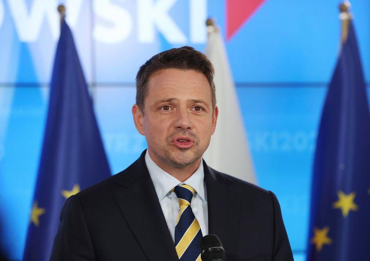 Rafal Trzaskowski, burgemeester van Warschau en viceleider van de PO, verloor zondag met 2 procentpunten van president Andrzej Duda.