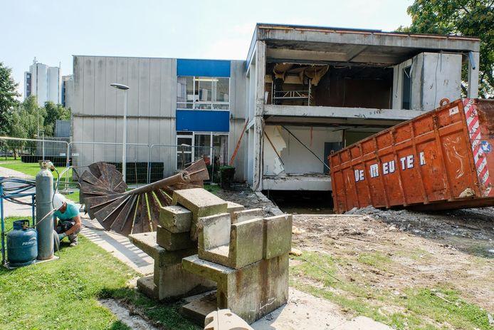 Enkele van de o zo herkenbare studentenkoten worden deze week al ontmanteld.