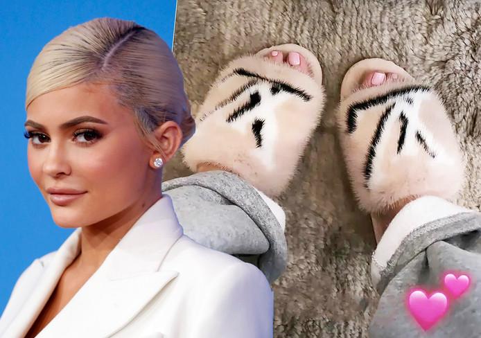 Kylie Jenner et ses chaussons en vuison.