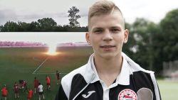 Hij lag in coma na blikseminslag, maar nu staat voetballer opnieuw op veld