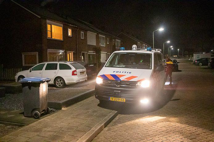De overval vond plaats rond 3.00 uur zaterdagochtend, aan de Wilgenlaan in Werkendam.