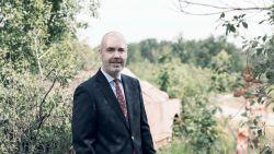 """Cambridgeprofessor Werner de Saeger valt 25 kilo af en wordt reservist: """"Voor vorst en vaderland"""""""