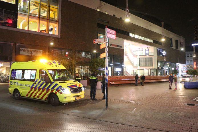 Één persoon raakte bij de steekpartij gewond.
