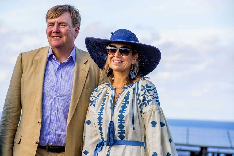 Het koninklijk paar donderdag op Sint Eustatius. Beeld anp