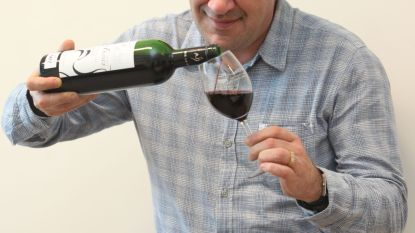 Wijnrecensent Alain Bloeykens versterkt kabinet Jean-Marie en Tom Dedecker